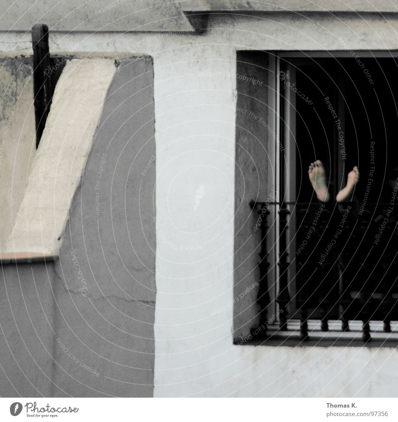 House (Residential Structure) Window Feet Facade Sleep Break Balcony Spain Boredom Barcelona Grating Siesta Midday Doze