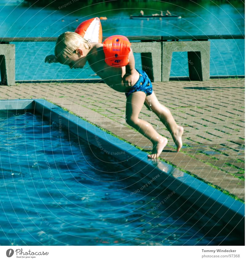 Child Blue Water Vacation & Travel Summer Beach Joy Cold Warmth Playing Boy (child) Jump Legs Feet Swimming & Bathing Infancy