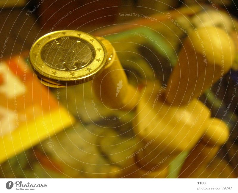 The Eurobringer :-) Money Coin Blur Photographic technology Luxury Doll Macro (Extreme close-up) euro coin