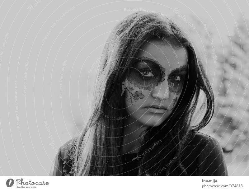young woman with face paint Feasts & Celebrations Hallowe'en Human being Feminine Youth (Young adults) Adults Face 1 13 - 18 years Child 18 - 30 years