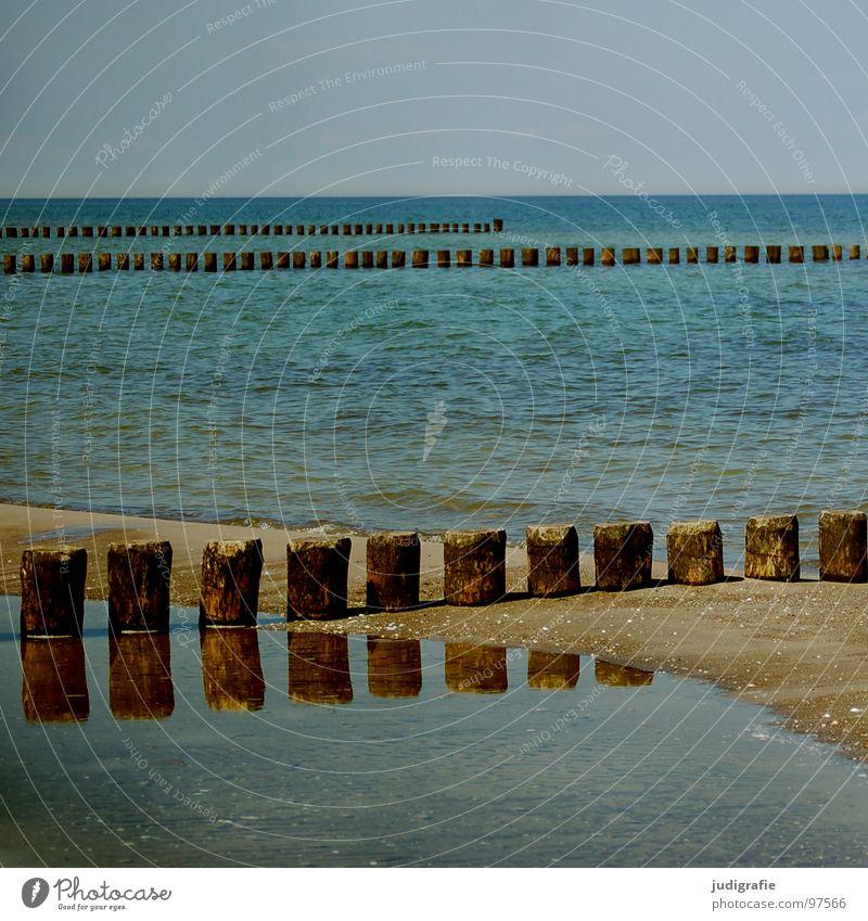 Water Sky Ocean Green Blue Beach Vacation & Travel Calm Colour Cold Wood Sand Line Coast Wet Horizon