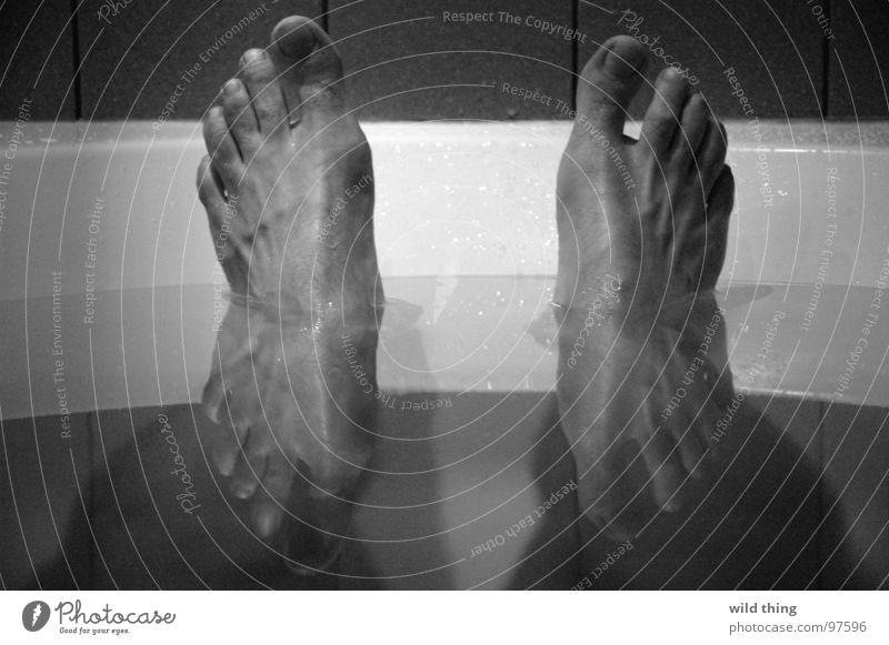foot Bathroom Man rub Water voet voeten badtub