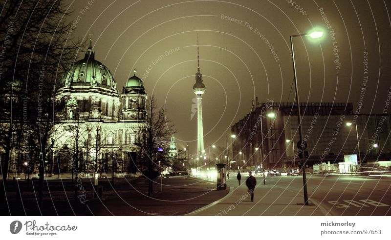 Human being Tree City Street Dark Berlin Religion and faith Germany Tower Lantern Night Traffic infrastructure Exposure Curved Domed roof