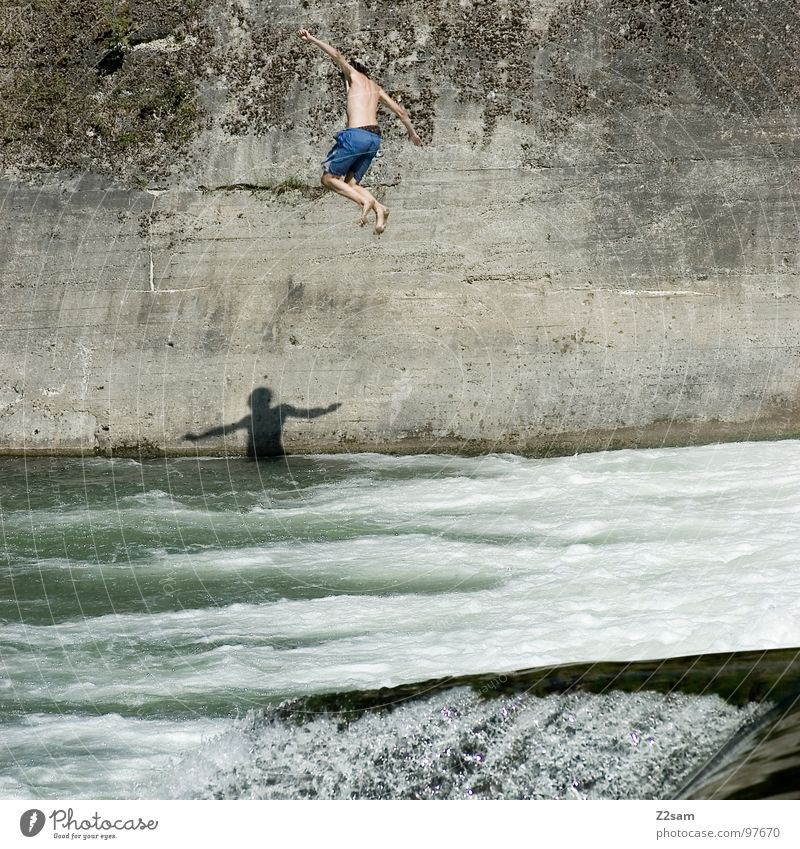 Falling Down Jump Summer White crest Isar Body of water Bavaria Munich Together 2 Downward Wall (building) Wall (barrier) Dangerous Joy Water Blue Level Above