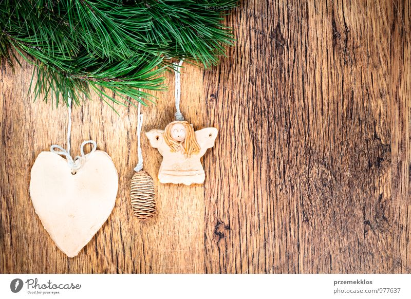 Christmas decoration Green Natural Background picture Wood Feasts & Celebrations Decoration Copy Space Authentic Individual Heart Uniqueness String Seasons Twig