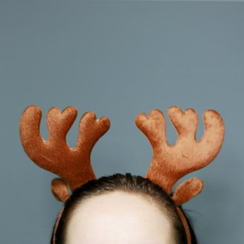 Reindeer Marshi Human being Head 1 Animal Wild animal Emotions Hair circlet Christmas & Advent Funny Decoration Forehead Pelt Carnival costume Colour photo