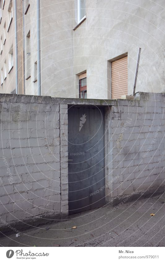 City House (Residential Structure) Window Wall (building) Architecture Lanes & trails Building Wall (barrier) Gray Facade Living or residing Door Gloomy Simple