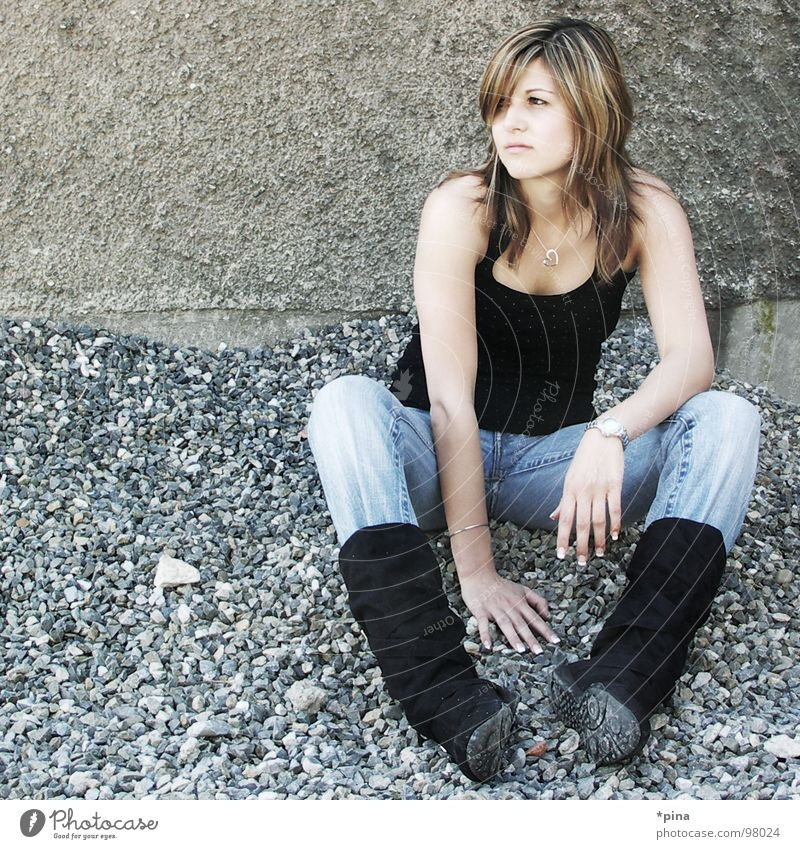 Woman Beautiful Cold Relaxation Think Sit Boots Gravel Arrogant Skeptical Doubt Single-minded