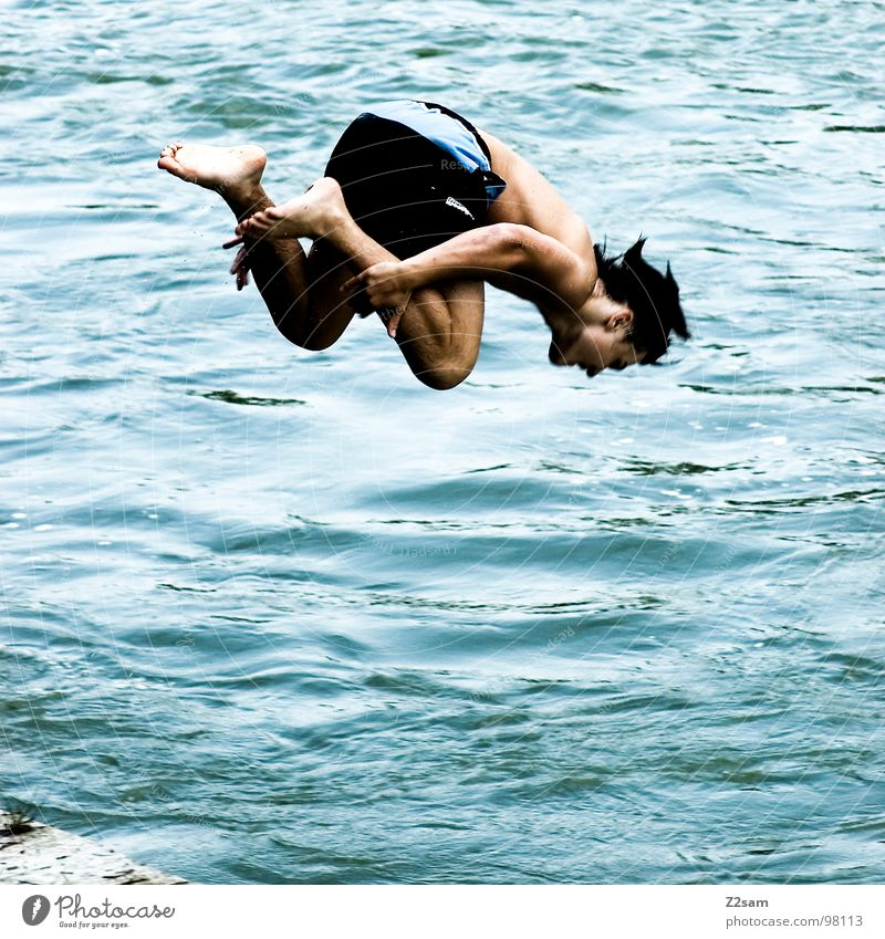 control Jump Summer Body of water Bavaria Munich Together 2 Downward Dangerous Youth (Young adults) Man Masculine Contentment Body tension Sports Water Blue