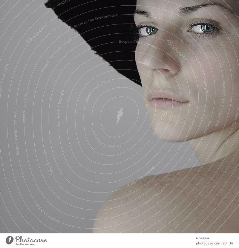 Woman Face Hat Side Shoulder Blow Haircut