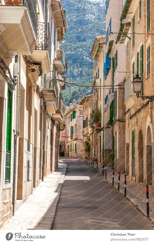Spanish Old Town / Sollér Relaxation Calm Vacation & Travel Tourism Trip Hill Rock Village Small Town Port City Old town Deserted House (Residential Structure)