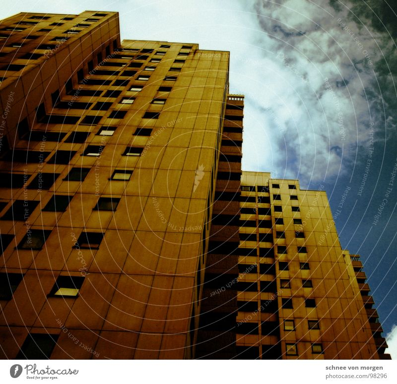 Sky House (Residential Structure) Window Large High-rise Vantage point Living or residing Balcony
