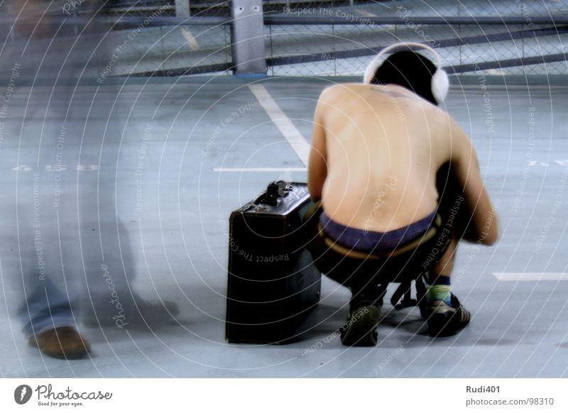 suitcase packer Man Suitcase Parking garage Hongkong Cap Black Whimsical Long exposure ear warmer Blue