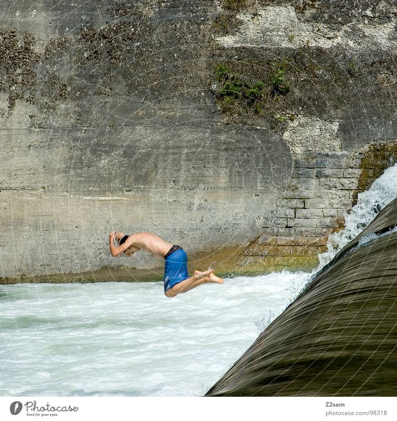 Isar Jumper VII Summer White crest Body of water Bavaria Munich Headfirst dive Together 2 Downward Wall (building) Wall (barrier) Dangerous Sports Water Blue