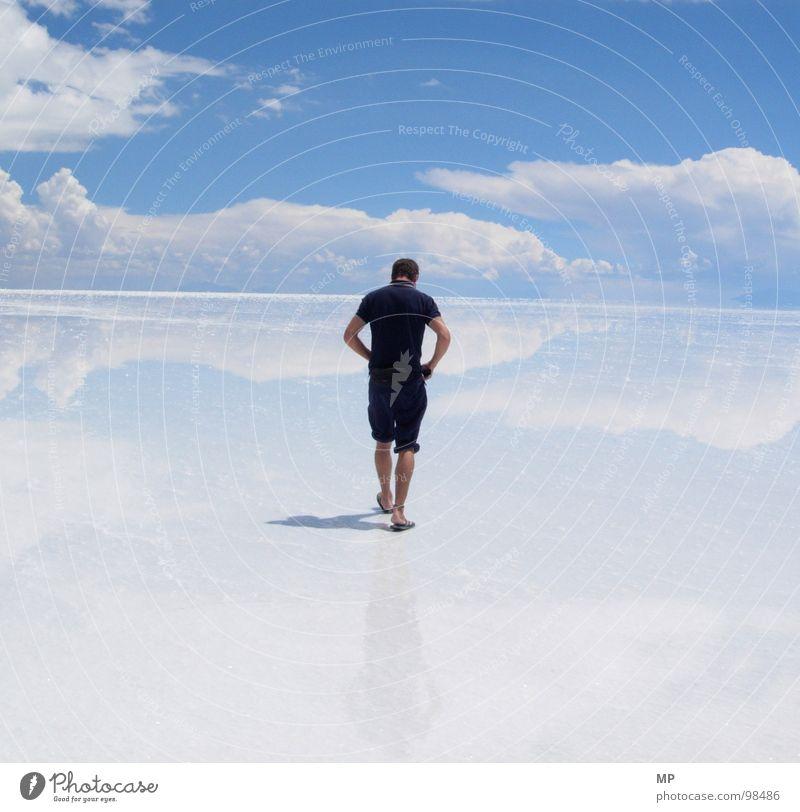 Skywalker I Salar de Uyuni Salt  lake Mirror Bolivia Clouds Adventure Monstrous Jump Under Lake Blue Hop Go crazy Hope Events Impressive Impression Divide