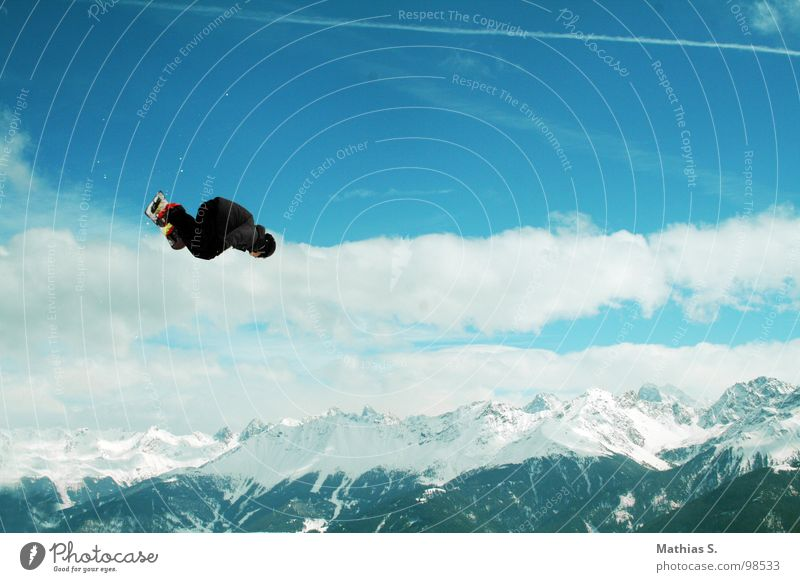Clouds Joy Mountain Snow Style Sports Flying Jump Leisure and hobbies Air Crazy Tall Alps Snowcapped peak Brave Student
