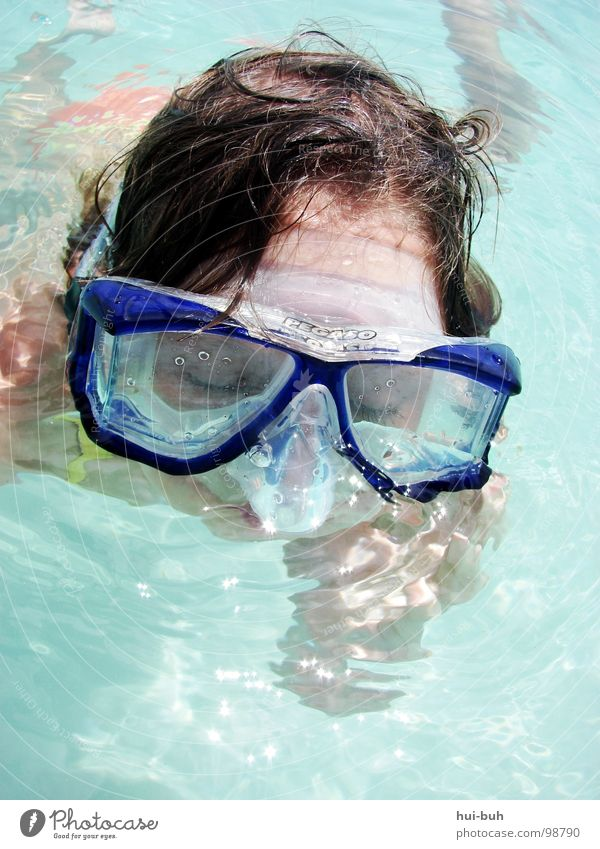 Child Water Ocean Blue Joy Hair and hairstyles Lake Warmth Wet Swimming pool Eyeglasses Physics Dive Clarity Hot