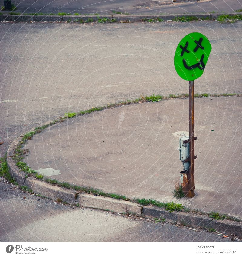 """DON'T DRINK AND DRIVE"" Subculture Street art Knoll Friedrichshain Crossroads Road sign Sidewalk Graffiti Oval Exceptional Cool (slang) Brash Gray green"