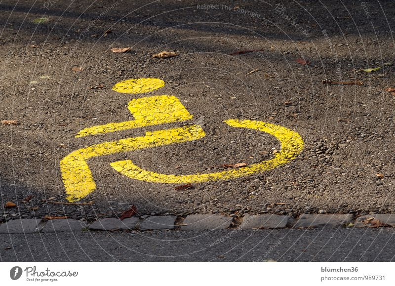 Please keep free!!! Transport Passenger traffic Parking lot Disability friendly Vehicle Car Wheelchair Yellow Sensitive Clue Signage Signs and labeling