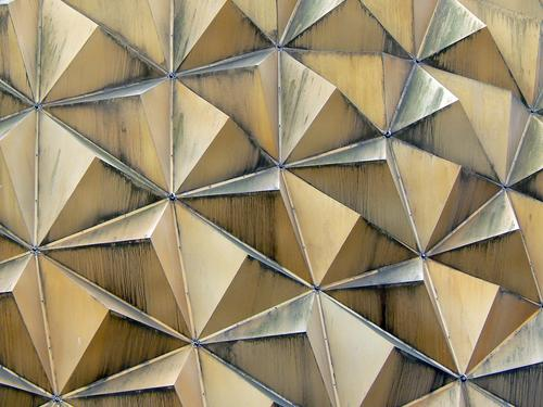 tetra01 Triangle Corner Geometry Roof Symmetry Niche Building Domed roof Gutter Dust Architecture Detail Shadow Line tetrahedra Pyramid sharp-edged Dirty Metal
