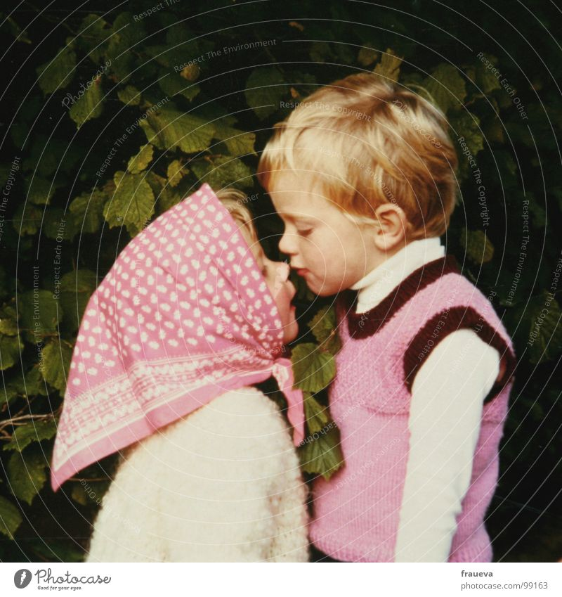 kiss me brother Brother Sister Brothers and sisters Kissing Headscarf Pink The eighties Boy (child) Girl Blonde Child Leaf Human being Love Trust bussl Near Old