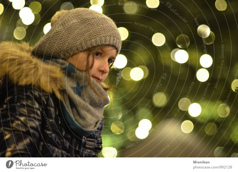 Human being Child Vacation & Travel Youth (Young adults) Christmas & Advent Girl Winter Feminine Head Contentment Infancy Mysterious 8 - 13 years Serene Event