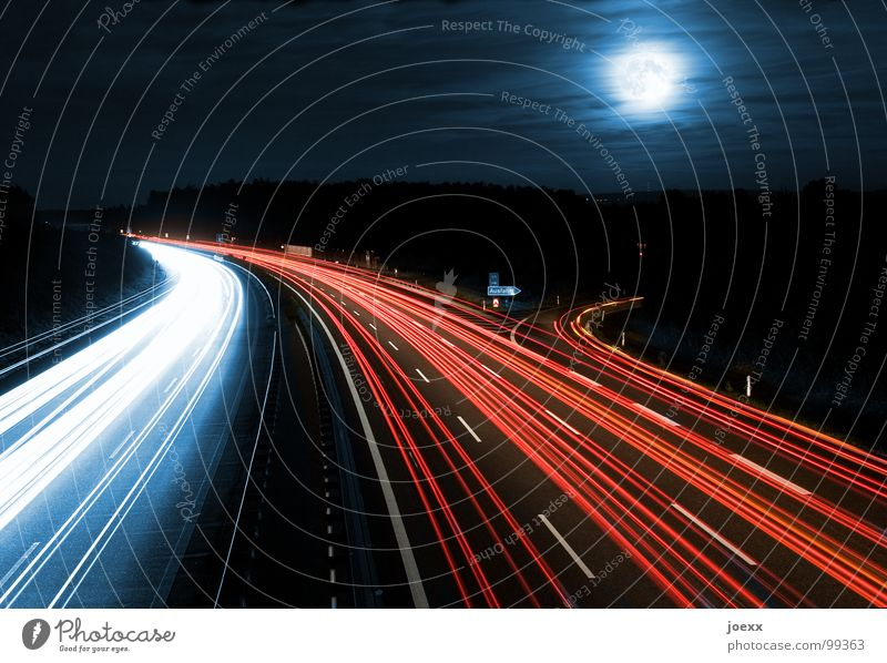 Sky Street Road traffic Transport Night Night sky Tracks Highway Illuminate Dynamics Stress Moon Traffic infrastructure Curve Floodlight
