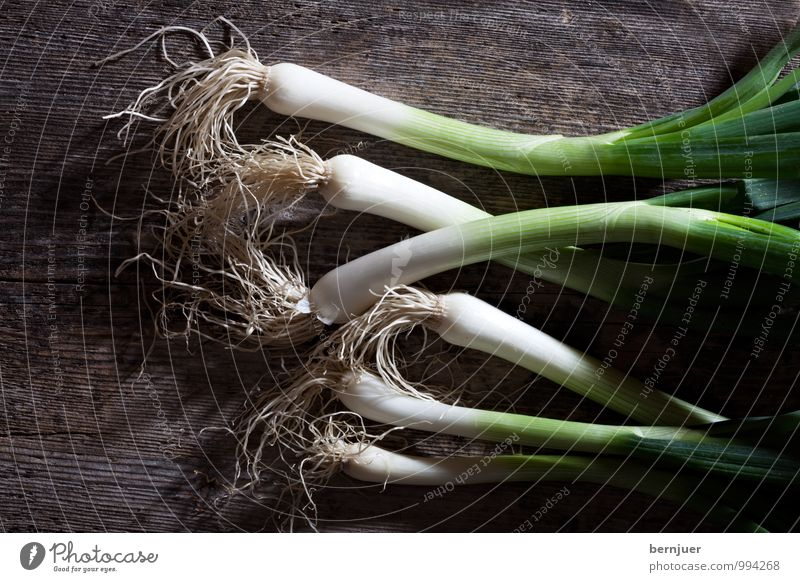 spring onion Food Vegetable Cheap Good Early onion Raw Wooden board Rustic 6 Onion leek Leek vegetable Deserted Fresh Ingredients victuality White Green Brown