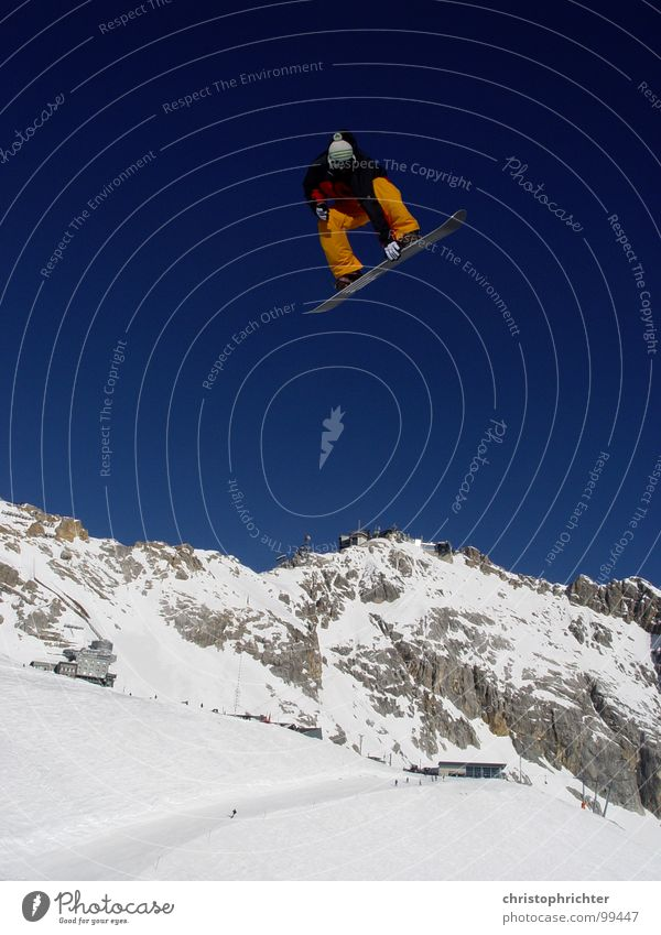 airwalk Snowboard Jump Winter Zugspitze Freestyle Suicidal tendancy Top Winter sports Sky Mountain Sports Alps Snowboarding Snowboarder Extreme sports Funsport