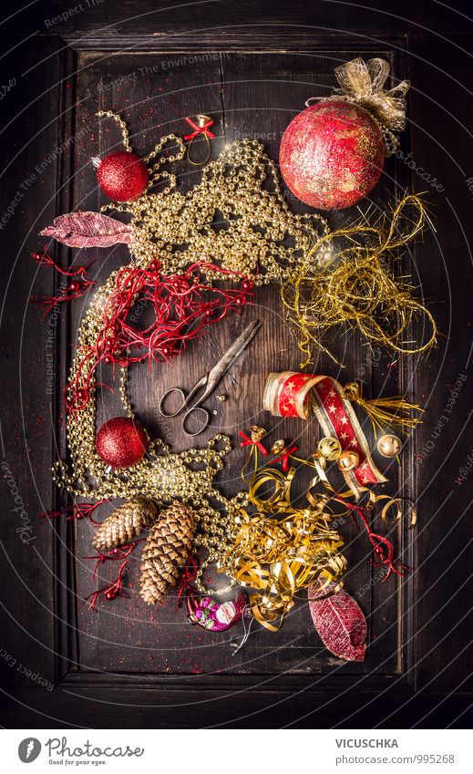Christmas & Advent Winter Dark Style Background picture Feasts & Celebrations Design Decoration Table String Tradition Sphere Jewellery Still Life Wooden table