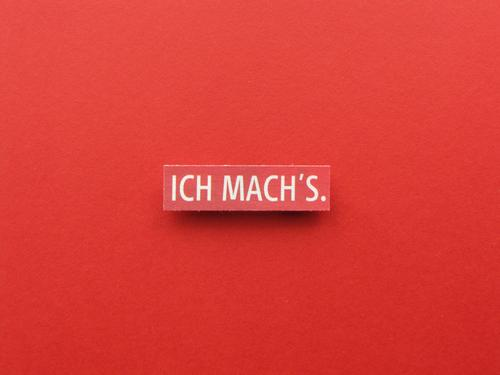 I MACH'S. Sign Characters Signs and labeling Communicate Make Sharp-edged Uniqueness Red White Emotions Joy Contentment Enthusiasm Optimism Power Brave