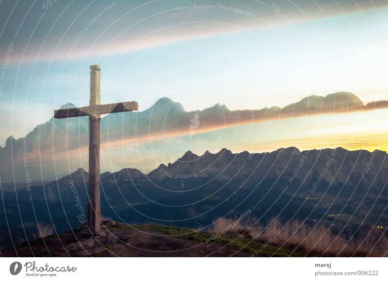 This apparition is extraordinary. Nature Horizon Sunrise Sunset Sunlight Alps Mountain Dachstein mountains Peak Sign Crucifix Hope Surprise Peak cross