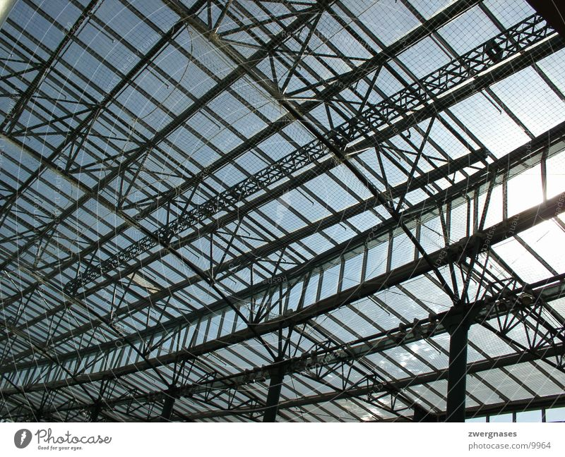 steel roof Neue Mitte Oberhausen North Rhine-Westphalia Steel Glass roof Grating Construction Iron Architecture shopping centre Perspective