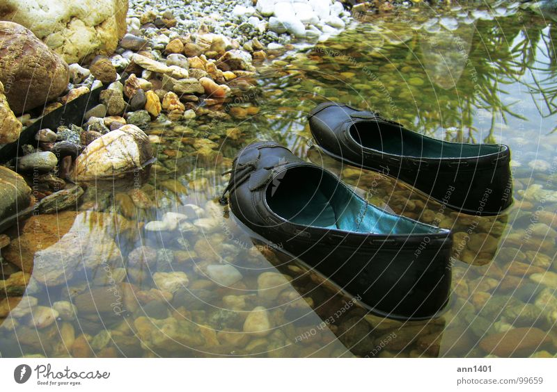 mini-boats mooring II Footwear Watercraft Brook Reflection Float in the water Drop anchor Summer Refrigeration Beach Pond Drown River Coast Rock Stone Landing