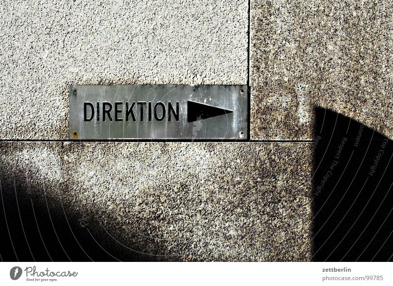 Art Architecture Signs and labeling Might Information Arrow Sign Direction 8 Road marking Screw Arrogant Seam Superior Administration Screw