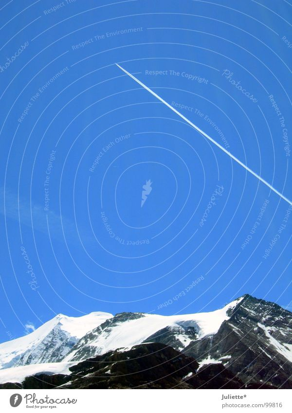 Sky White Blue Far-off places Snow Mountain Airplane Aviation Level Leisure and hobbies Switzerland Infinity