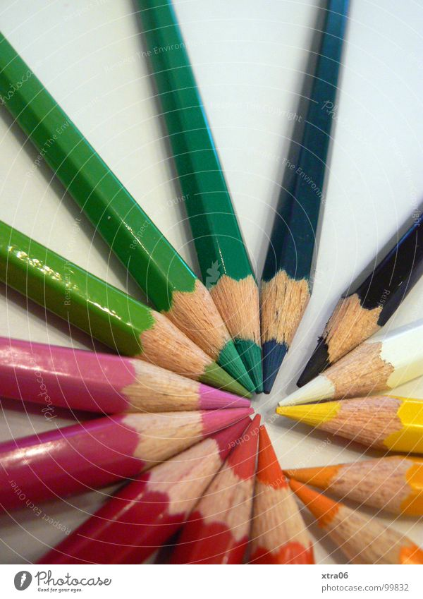 Colour Wood Together Crazy Multiple Circle Point Things Painting (action, work) Many Draw Pen Rainbow Heap Crayon Dart